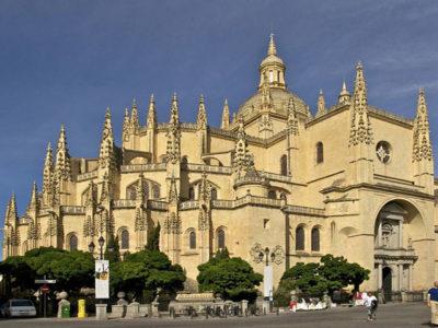 hostal cerca de la Catedral de Segovia