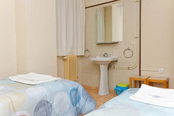 Double Room Sink